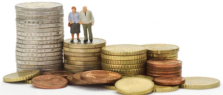 Арест пенсии судебными приставами: имеют ли право?