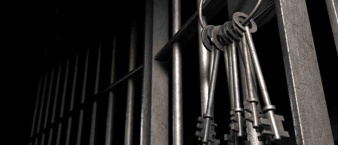 Какие последствия ждут заемщика, если он не платит кредит? Могут ли посадить в тюрьму за неуплату кредита? Грозит ли должнику уголовная ответственность? Расскажем в нашей статье.