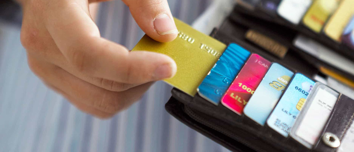 Что такое черный список банков и по какми причинам туда заносят? Как из него выбраться? Как получить кредит, если вас внесли в черный список? Читайте на protivdolgov.ru